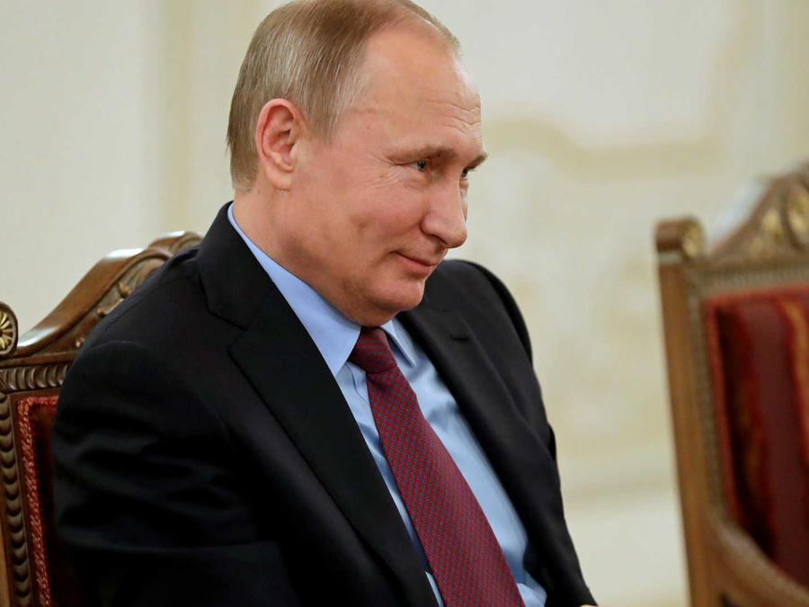 Rusia observa a Trump