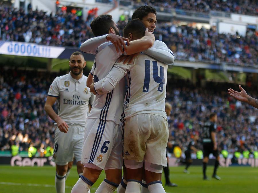 El Real Madrid golea al Granada