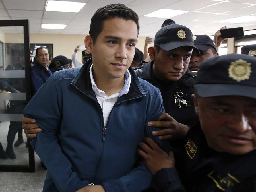 En prisión hijo y hermano de presidente de Guatemala