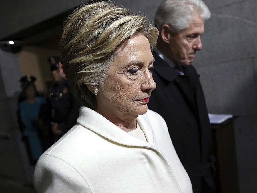 Hillary Clinton se pronuncia por primera vez