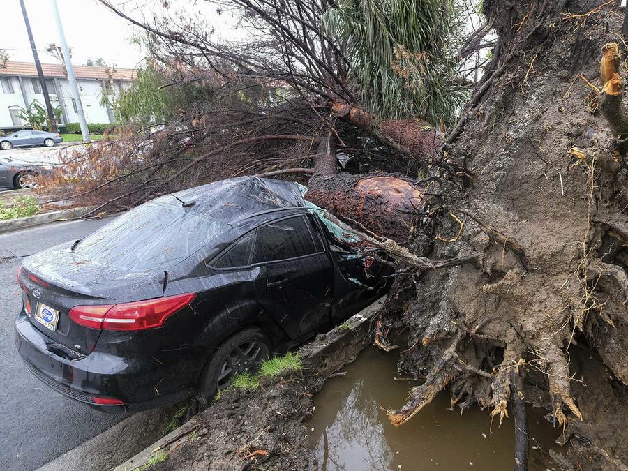 California bajo la tormenta más fuerte de los últimos años