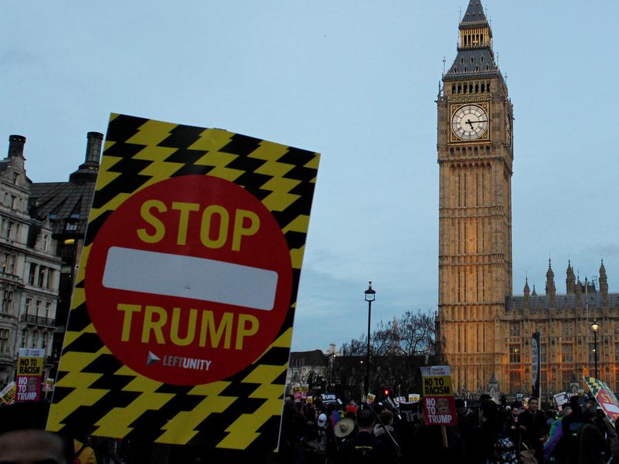 protestan en londres por visita de trump