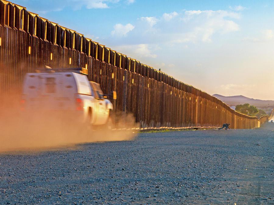Todos los congresistas de estados fronterizos rechazan el muro