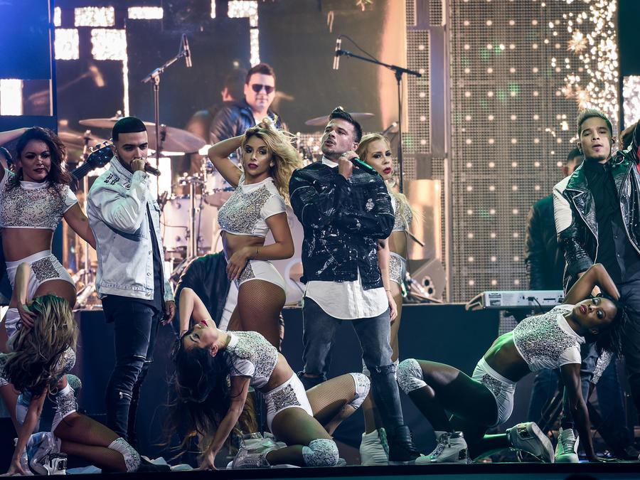Los Bambis en Premios Billboard 2017