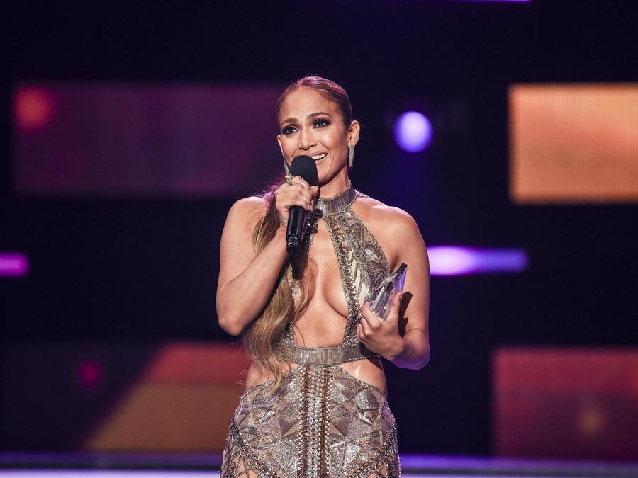 JLO Premios Billboard 2017
