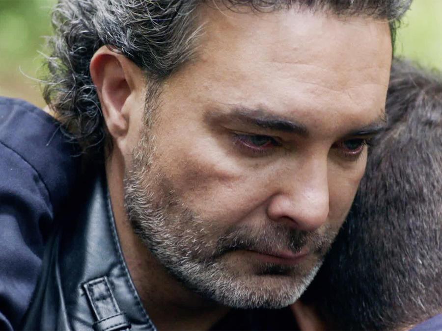 Mauricio Islas, José Vicente, llorando, El Capo