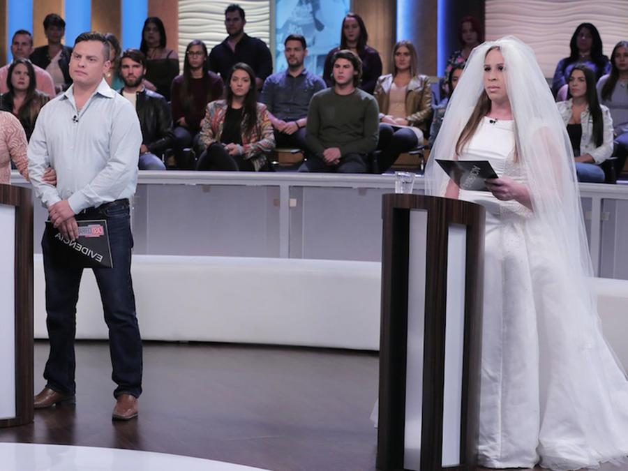 Las dos bodas de Ángel en Caso Cerrado