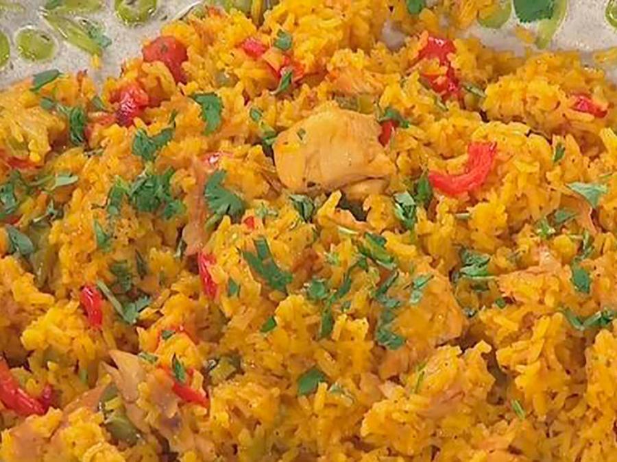 Recetas de cocina: Descubre cómo hacer un delicioso Arroz con Pollo a la Chorrera
