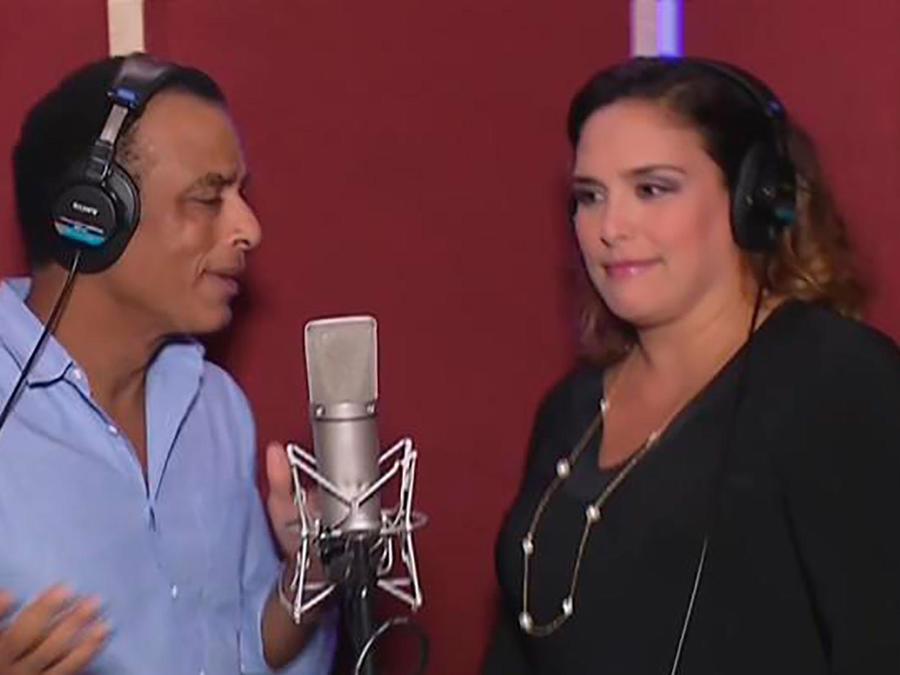 Angélica Vale y Jon Secada hacen un dueto musical en honor a Benny Moré