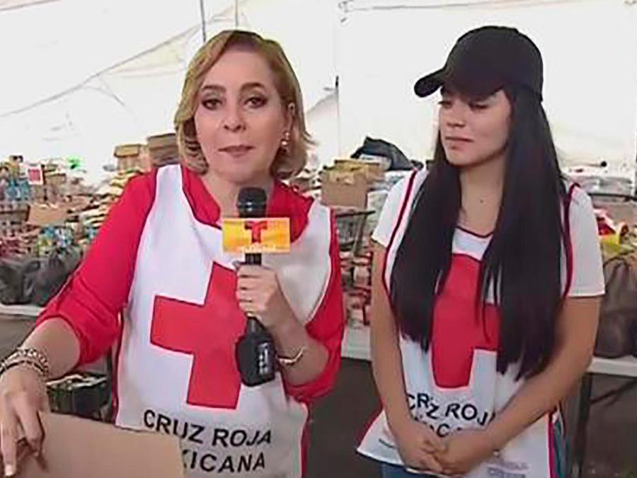 Mira cómo los voluntarios de la Cruz Roja trabajan para llevar ayuda a los damnificados