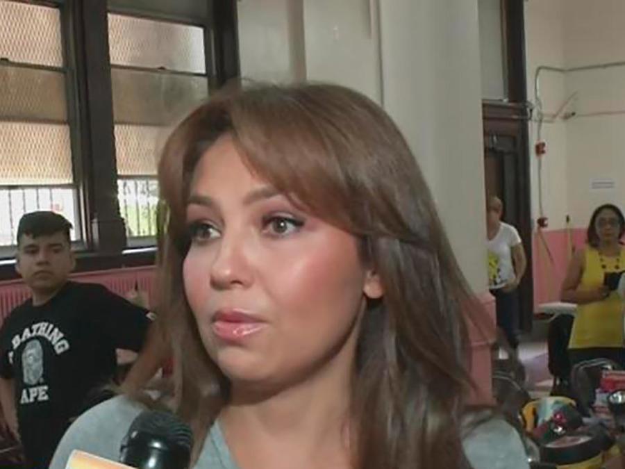 Thalía ayuda a las víctimas en México mientras recuerda cómo sufrió el terremoto de 1985