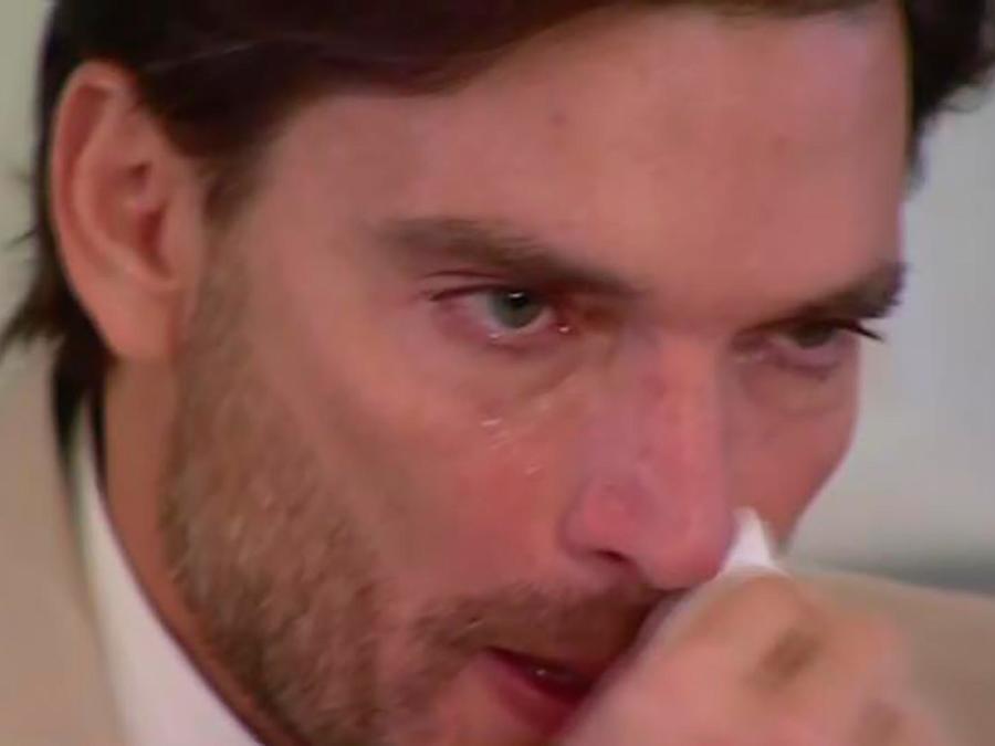 Llorando, Julián Gil reconoció que no hay una acuerdo con Marjorie de Sousa por su hijo