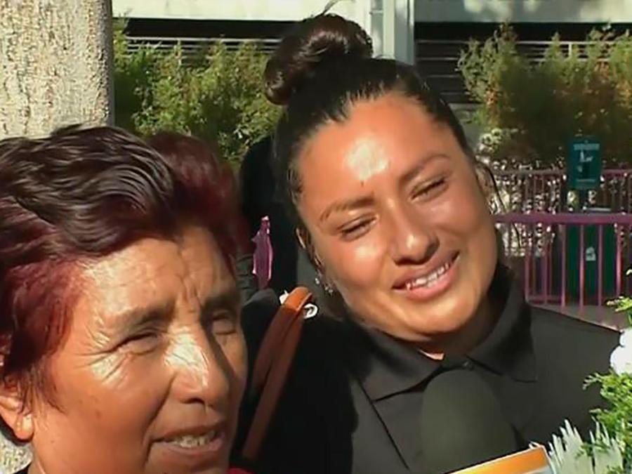 Te llevamos a recorrer La Feria Anual de los Moles en Los Ángeles, un paseo lleno de sabor
