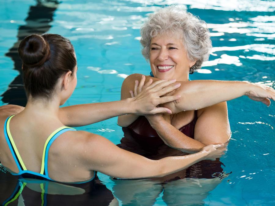 5 buenas razones para hacer ejercicio en el agua
