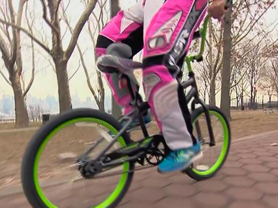 Un experto en ciclismo acrobático nos explica cómo evitar accidentes al andar en bicicletas