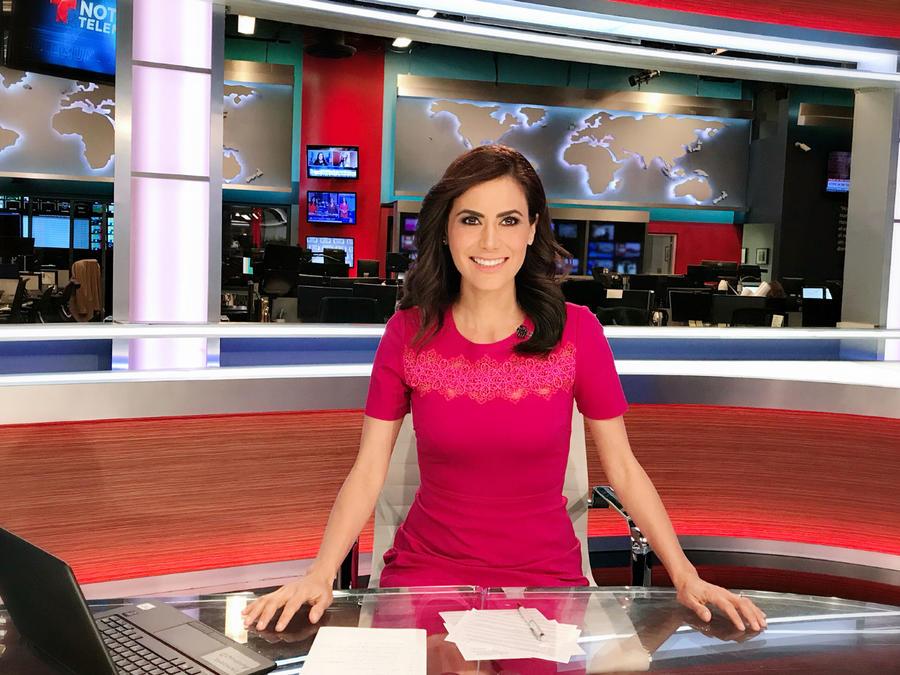 Vanessa Hauc, presentadora de noticias de Un Nuevo Día