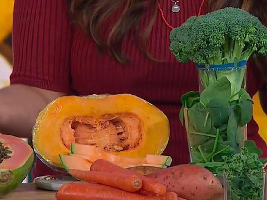 Una experta en nutrición explica cuáles son esos alimentos que debes comer todos los días