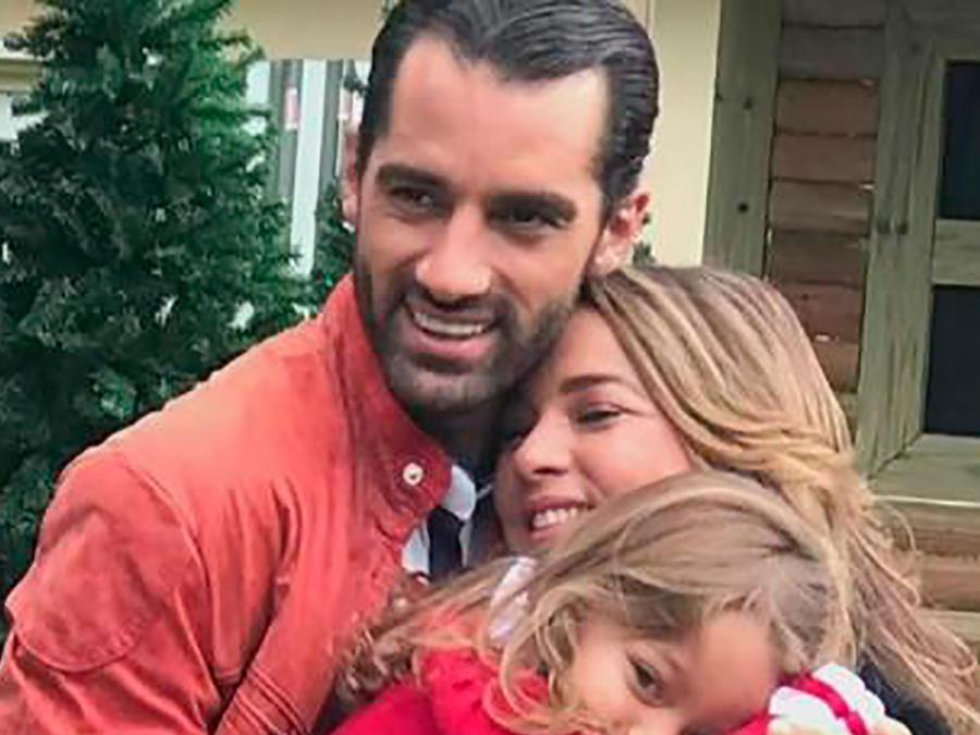 Adamari López y Tony Costa nos cuentan cómo ha sido su hermosa historia de amor