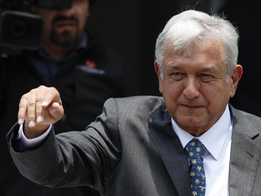 Andrés Manuel López Obrador no quiere tomar una decisión sin consultar a la ciudadanía.