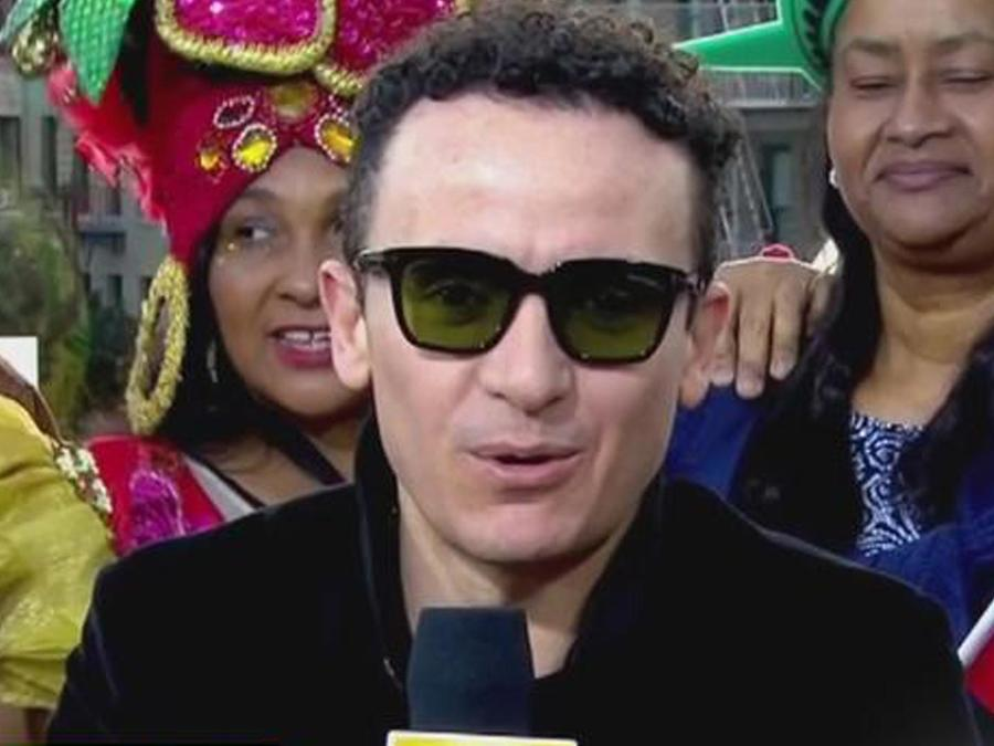 "Fonseca presenta ""Simples corazones"""