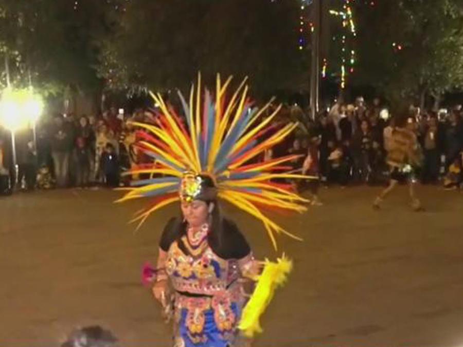 Fieles de la Virgen en San Antonio