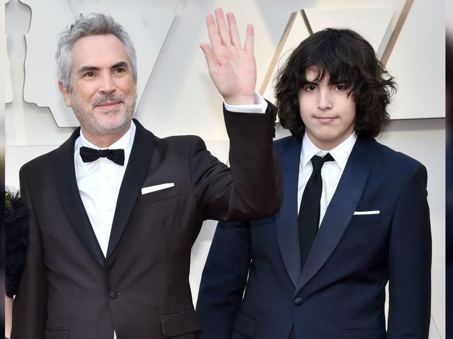 Alfonso Cuarón y su hijo Olmo