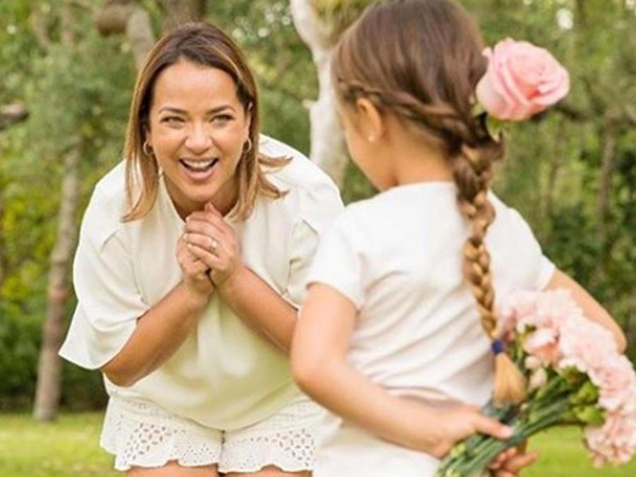 Adamari López festejo Día de la Madre