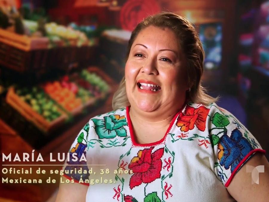 María Luisa busca el delantal blanco por sus hijos