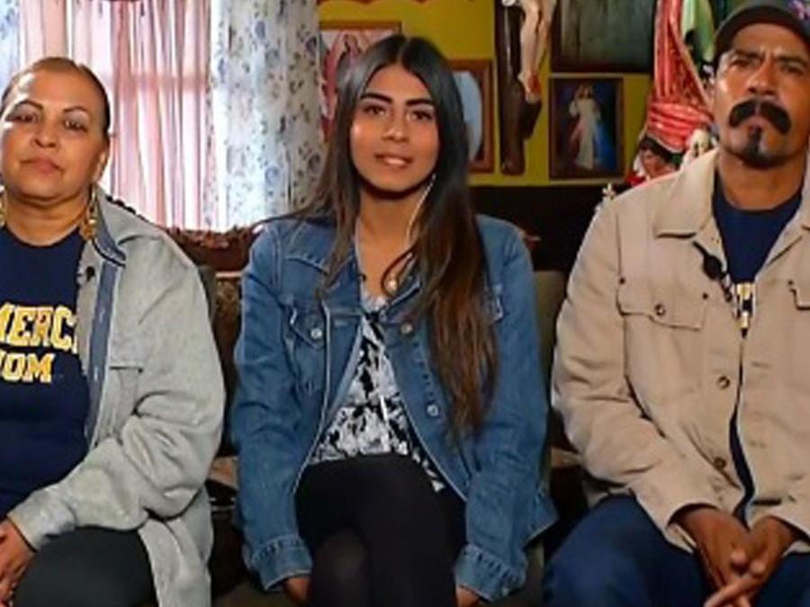 Joven latina conmueve al mundo