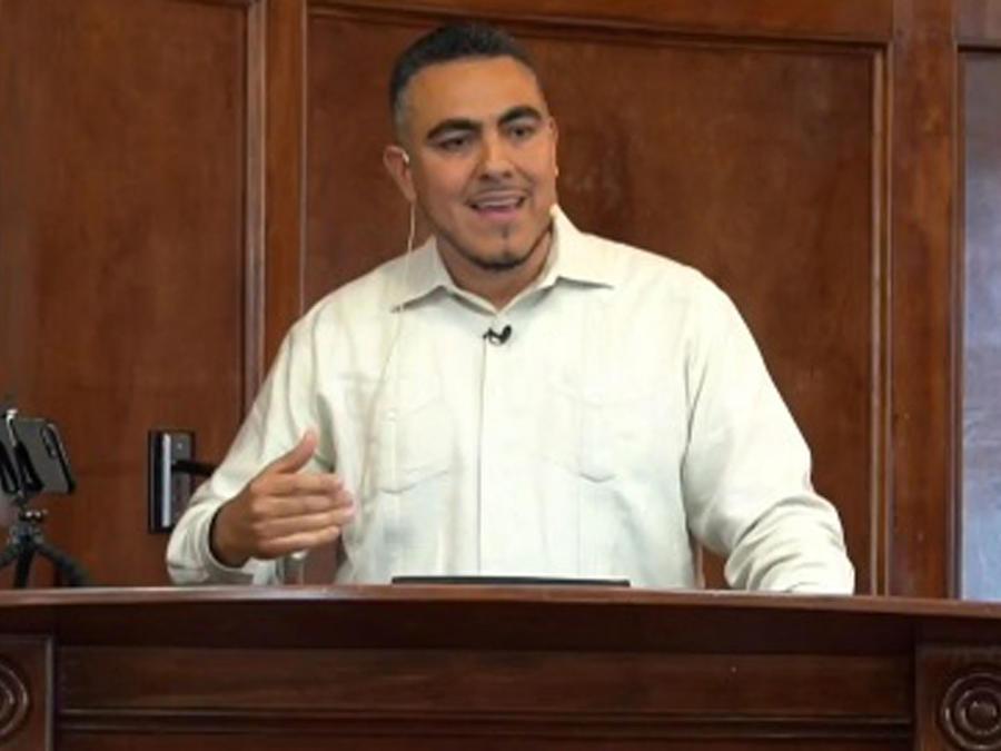 Líder latino del Islam en EEUU