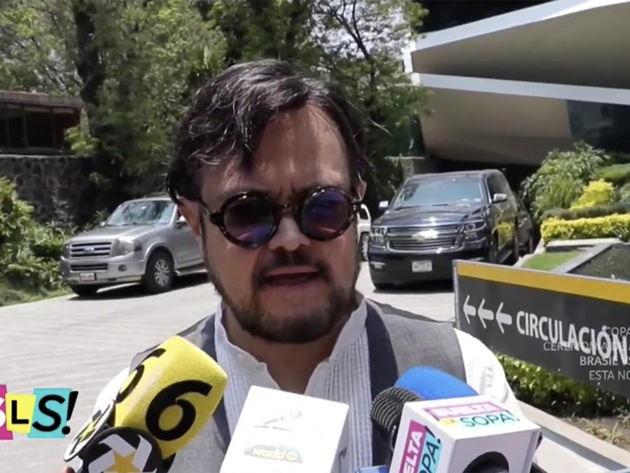 Reaparece Aleks Syntek después del escándalo