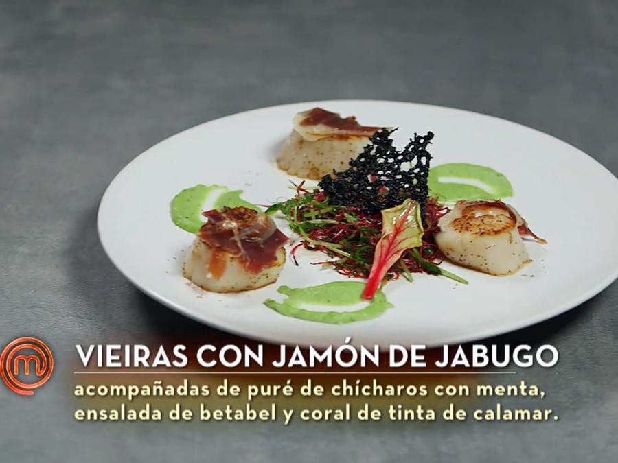 John Pardo prepara vieiras con jamón de jabugo como entrada en la final de MasterChef Latino 2