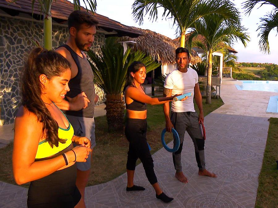 Denisse, Shaila, Venado y Tavo entrenan juntos