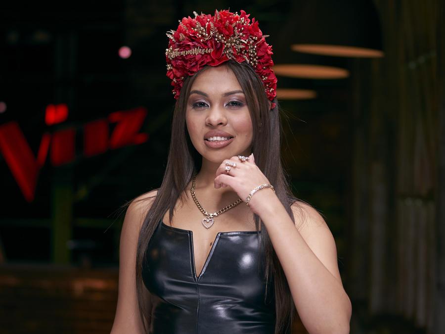 Karelia Letsos, participante de La Voz US 2, Team Wisin