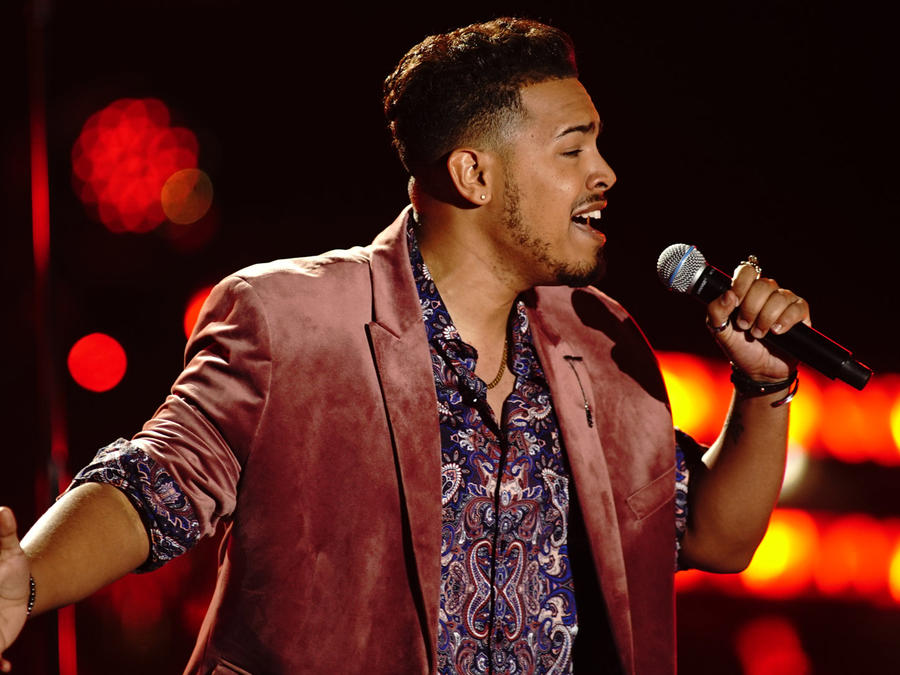 Kayson Luis Burgos en la semifinal de La Voz US 2