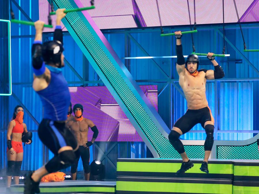Andrés y Younes en los trapecios
