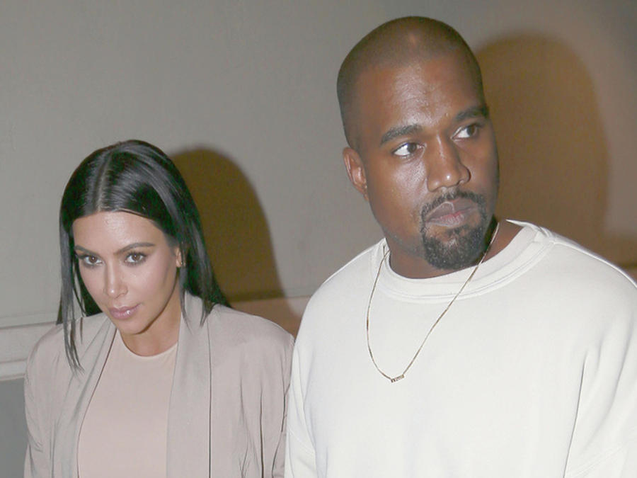 Kim Kardashian y Kanye West en la fiesta de cumpleaños de Kim