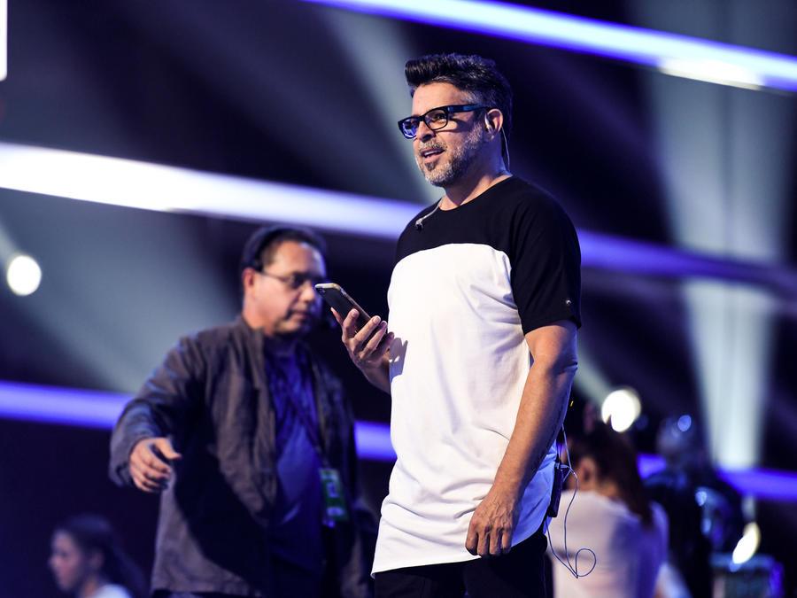 Luis Enrique ensayos Premios Tu Mundo 2016
