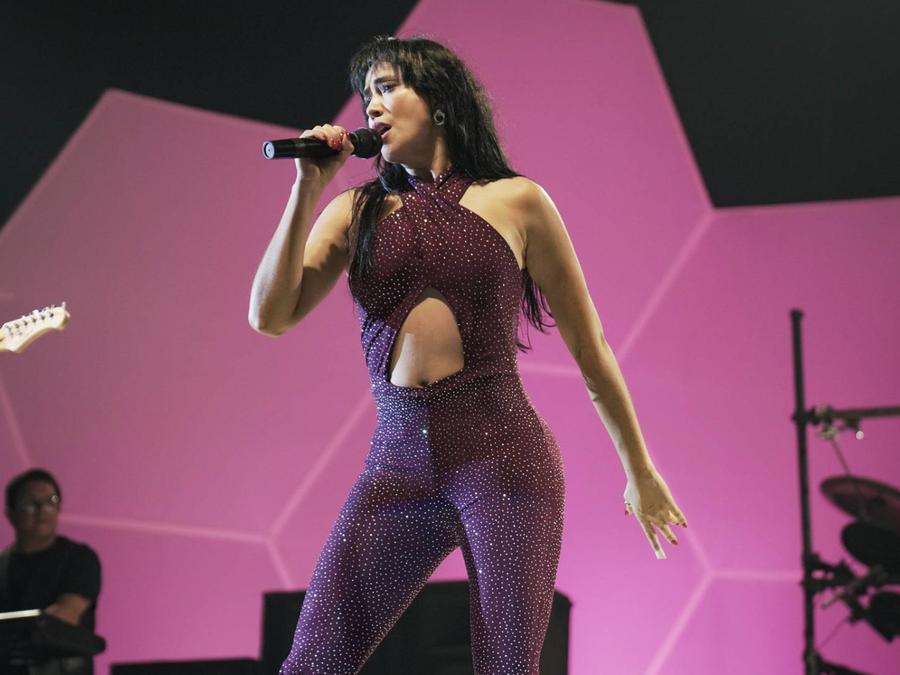 """Maya Zapata como Selena Quintanilla en """"El Secreto de Selena"""""""