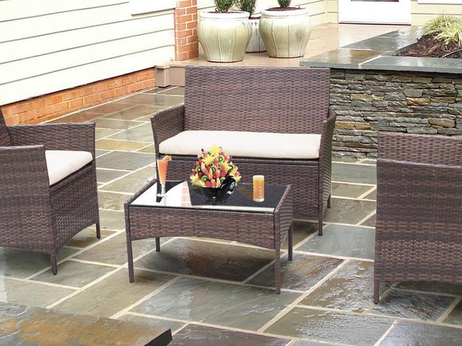 Muebles modernos para tener un patio increíble