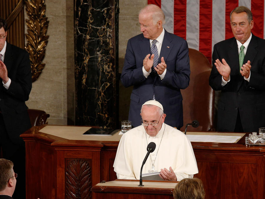 El papa Francisco termina su discurso ante el Congreso durante su visita a Washington D.C.