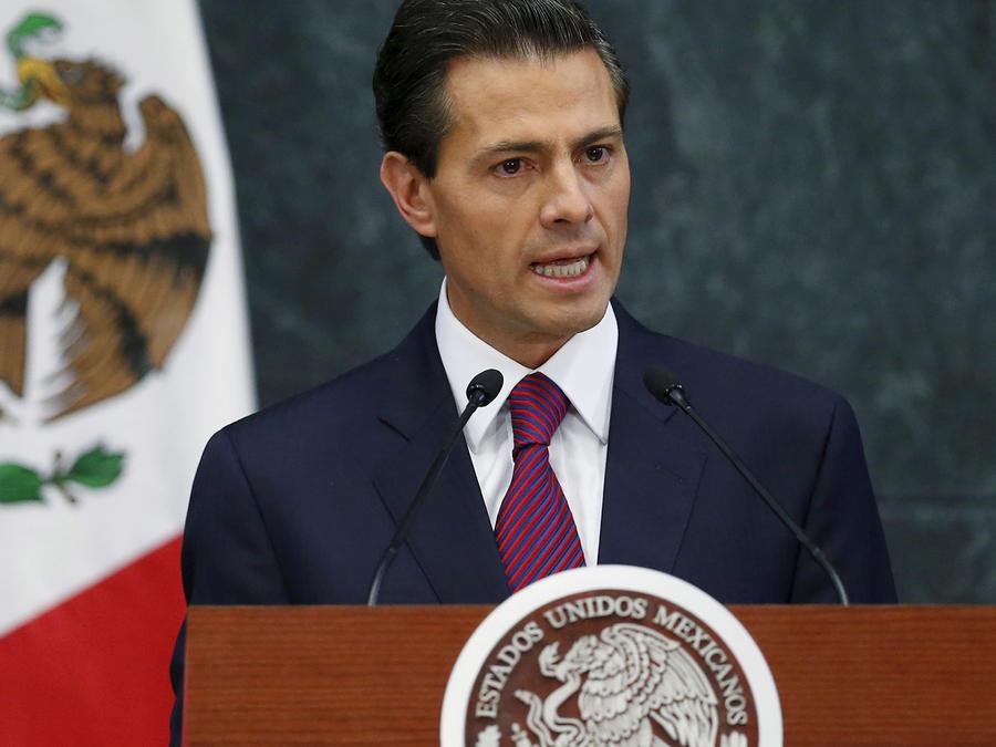 Presidente de México, Enrique Peña Nieto, entrega su tercer informe de gobierno