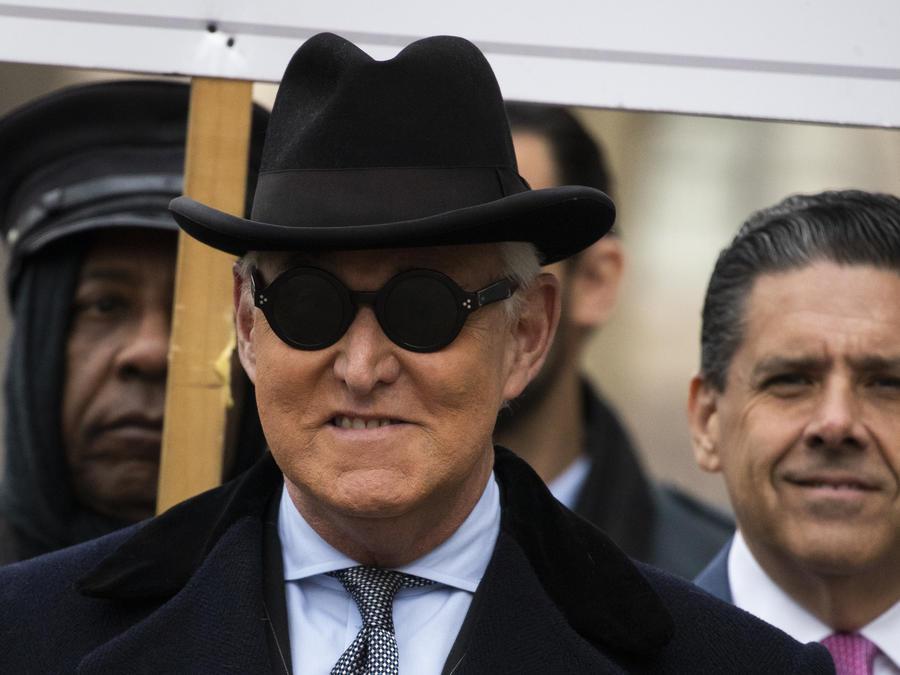 Roger Stone llega a la corte federal en Washington el 20 de febrero de 202