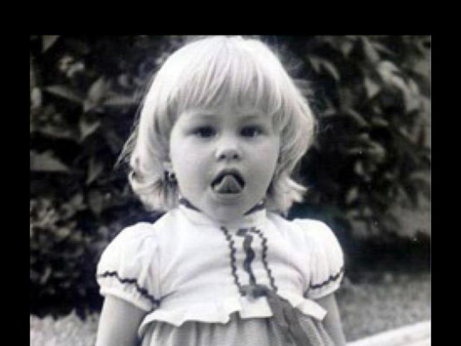sofia vergara, foto de bebe, toddler, niñez