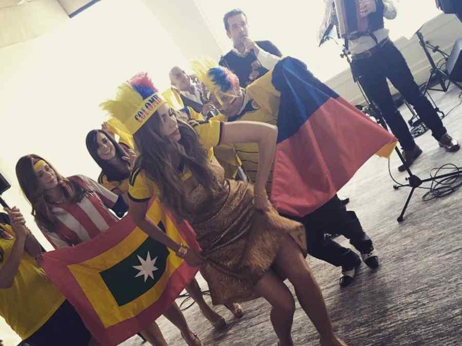 Sofía Vergara bailando vallenato