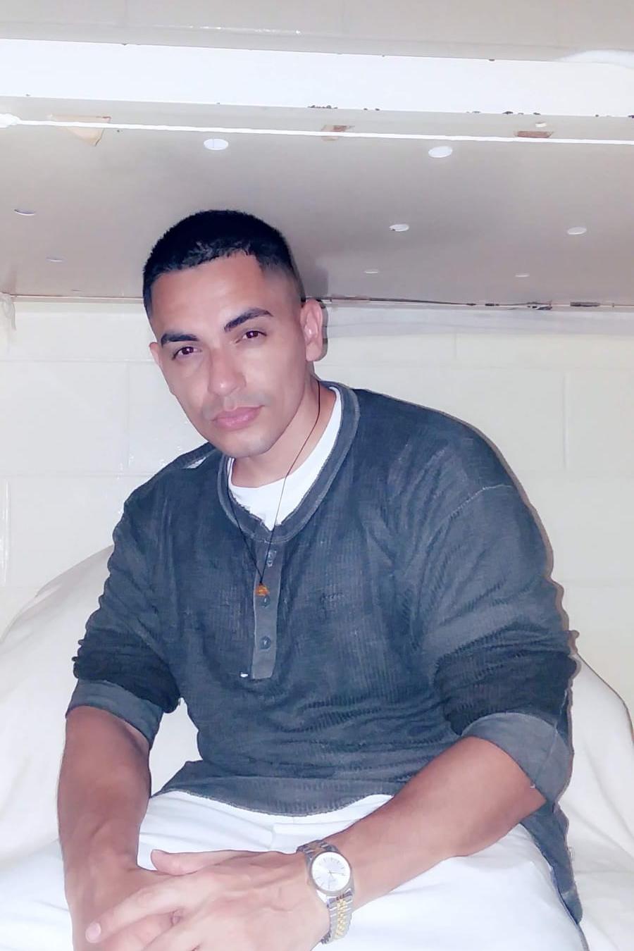 Jem-K, el primer YouTuber que transmite desde prisión