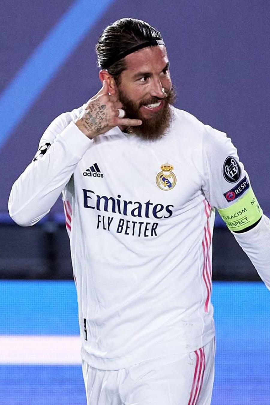 El futbolista Sergio Ramos y el luchador Conor McGregor