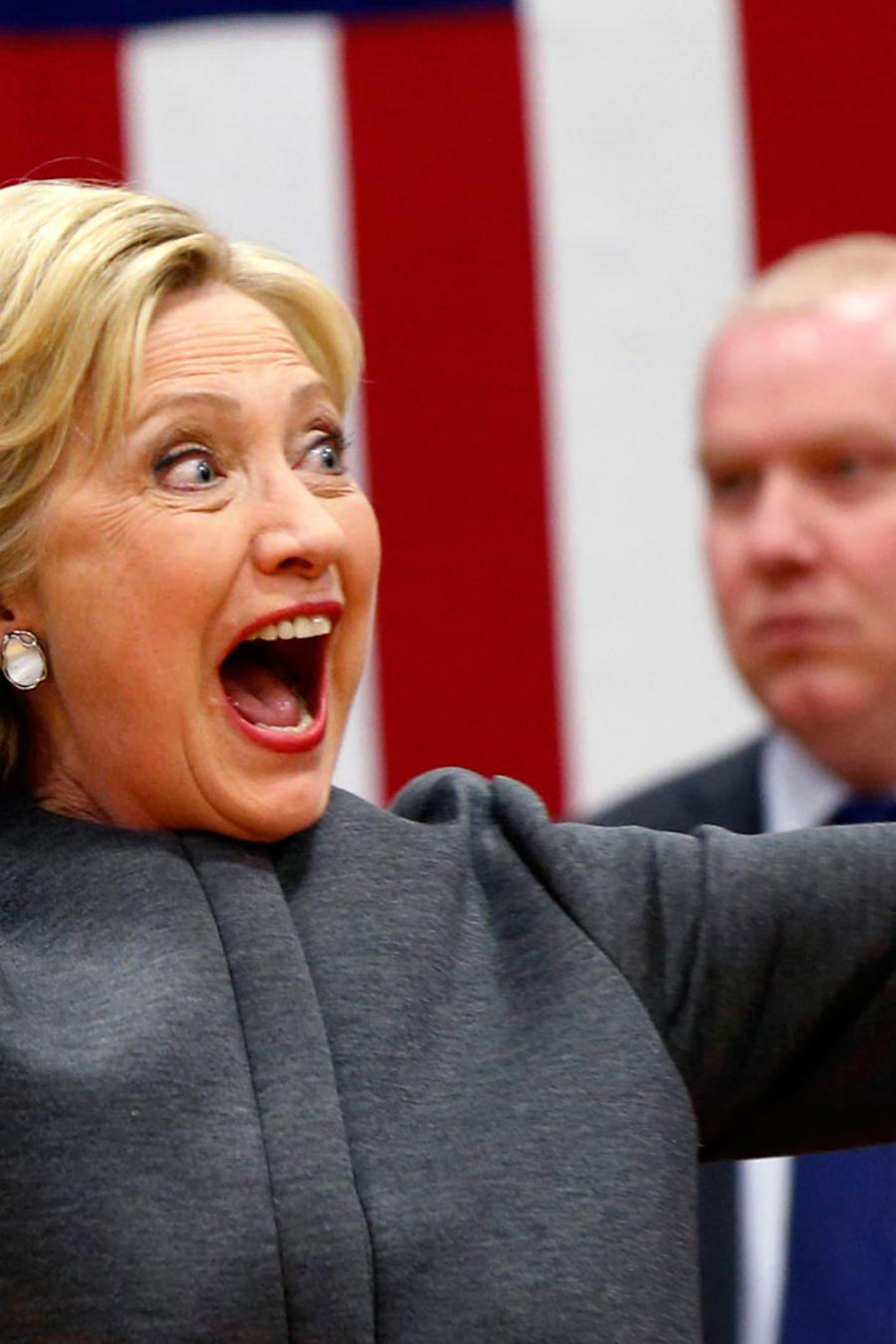 Clinton celebra triunfo en el supermartes