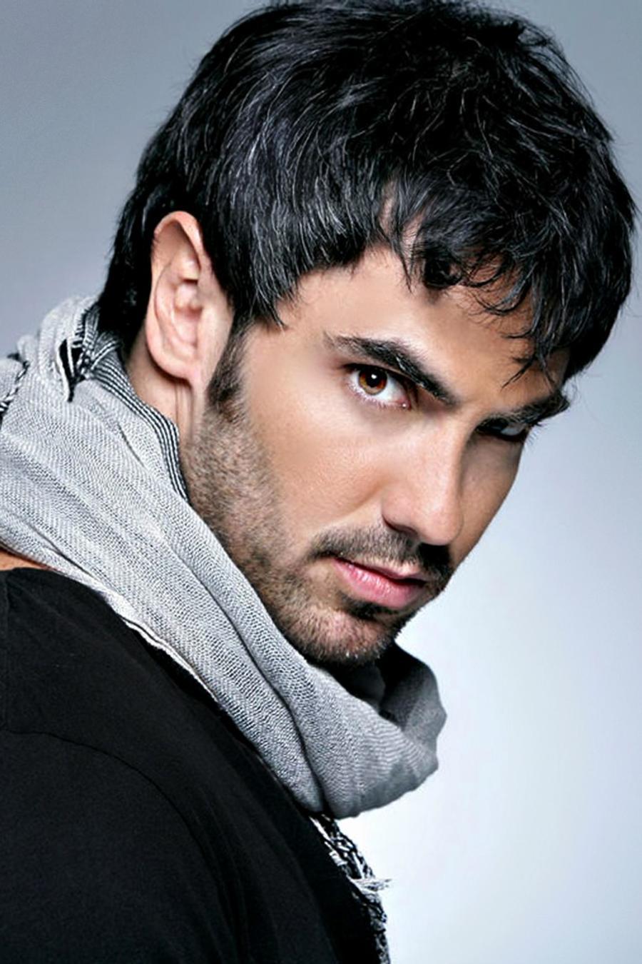 ¡Vota por la foto más sexy de Lincoln Palomeque!
