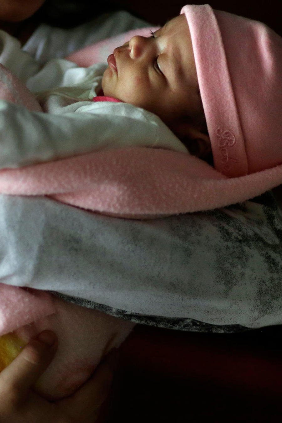 niña paraguaya da a luz a bebe niña